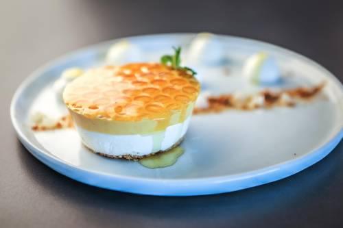 Cheesecake au miel et beurre de cacahuète